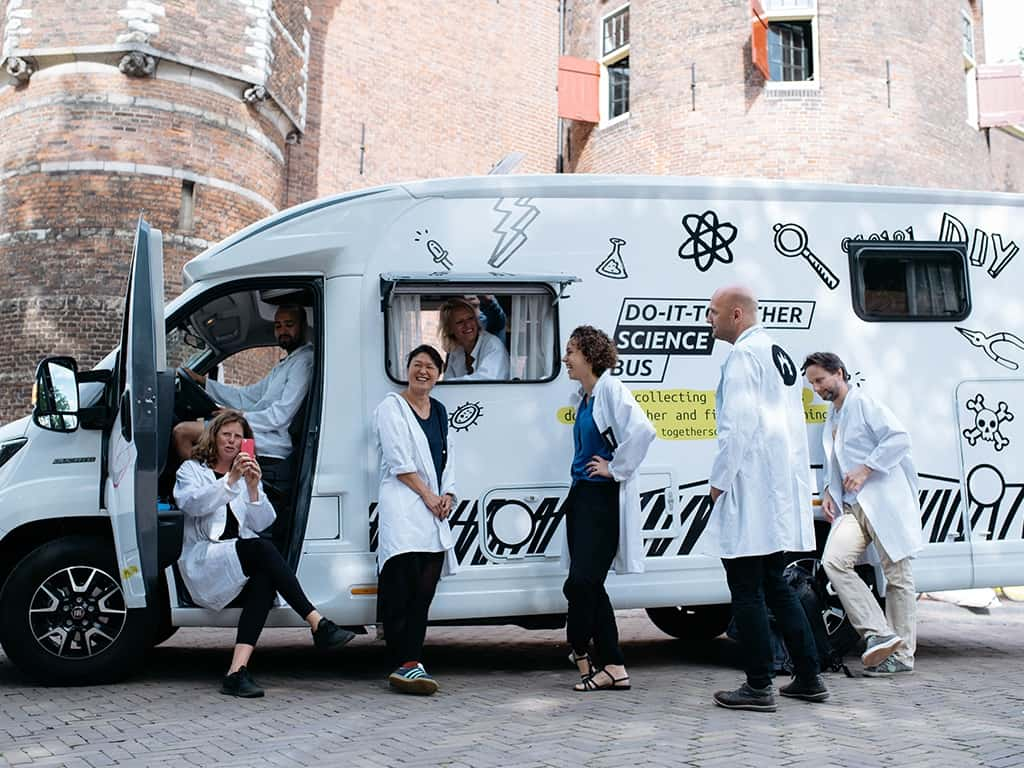 Do-It-Together Science Bus, 2017, Waag (BY-NC-SA), https://waag.org/nl/project/do-it-together-science-bus
